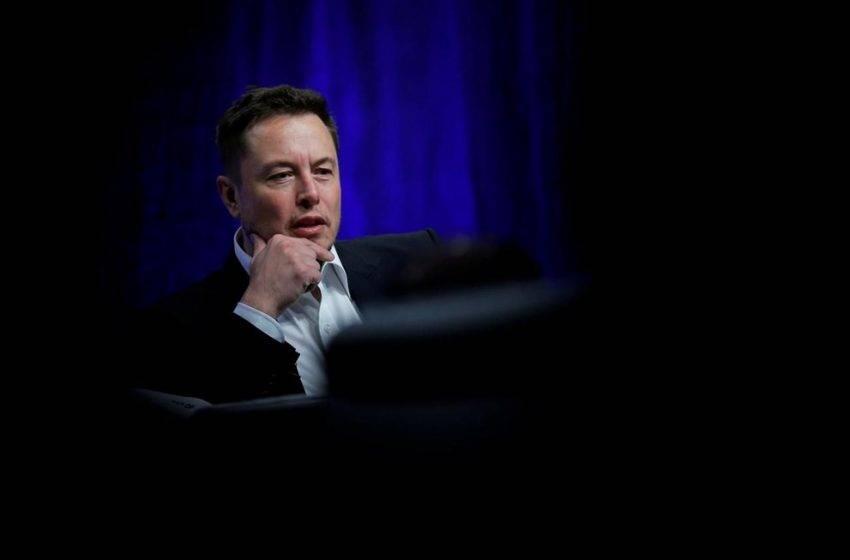 Elon Musk'tan şartlı korona virüsü yardımı