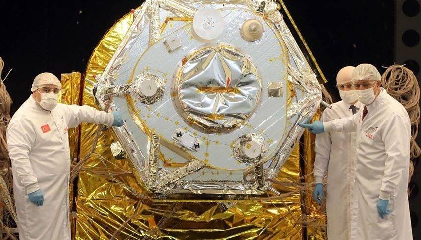 Türkiye'nin ilk yerli gözlem uydusu İmece uzay yolcusu