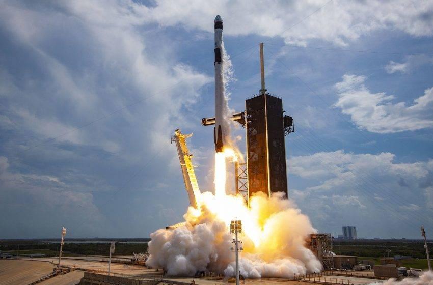 SpaceX astronotları geri döndü