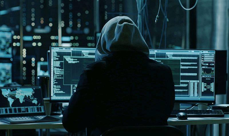 3 milyar e-posta çalındı! Buna şifreler de dahil