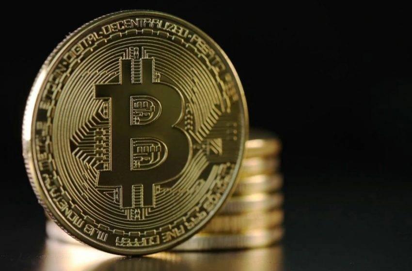 11 yıllık hareketsiz Bitcoin'ler transfer edildi